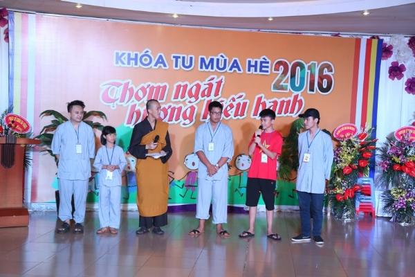 """Lai Châu: Bế mạc khóa tu """"Thơm Ngát Hương Hiếu Hạnh"""" lần thứ nhất năm 2016"""