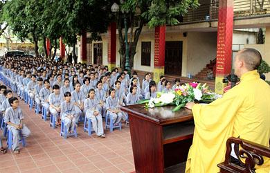 Hà Nội: Chùa Bằng khai mạc khóa tu tuổi trẻ lần thứ 5 - Con Về Bên Phật