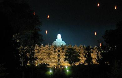 Một số hình ảnh về Phật đản tại một số quốc gia
