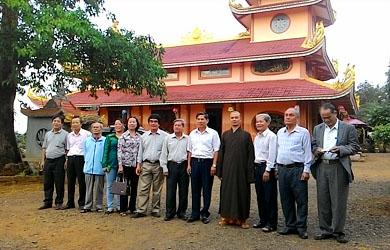 Hội Khuyến Học 6 Tỉnh Cao Nguyên thăm và làm việc tại Chùa Hoa Khai