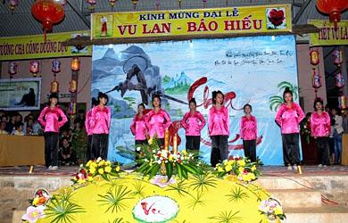 Đăk Nông: Đêm thơ nhạc Tri Ân tại Chùa Hoa Khai