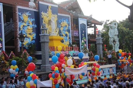 Đăk Lăk: Đại lễ Phật Đản PL 2561 - 2017 tổ chức tại Chùa Sắc Tứ Khải Đoan TP. Ban mê thuột