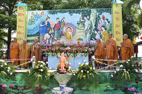 Bình Chánh: Tịnh xá Đại Quang tổ chức Lễ Phật Đản