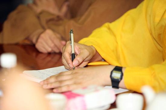 """Quyết định của Tòa Án Về bản quyền tác giả quyển sách """"Việt Nam Thi Sử Hùng Ca"""""""