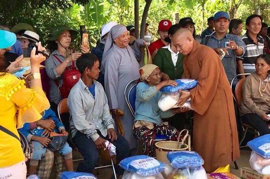 Sài gòn: Chùa Thiên Trì từ thiện tại Gia Lai
