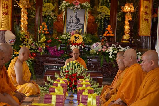 Bình Phước: Tịnh xá Ngọc Chơn tổ chức lễ tưởng niệm 64 năm vắng bóng Tổ sư Minh Đăng Quang