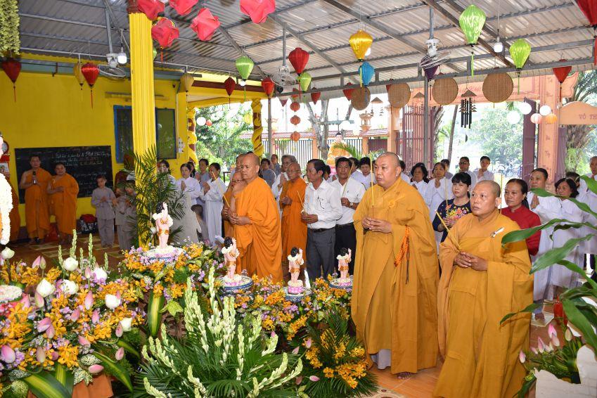Quận 6: Tịnh xá Lộc Uyển - Tịnh thất Kỳ Viên tổ chức lễ Phật đản PL 2562 – DL 2018